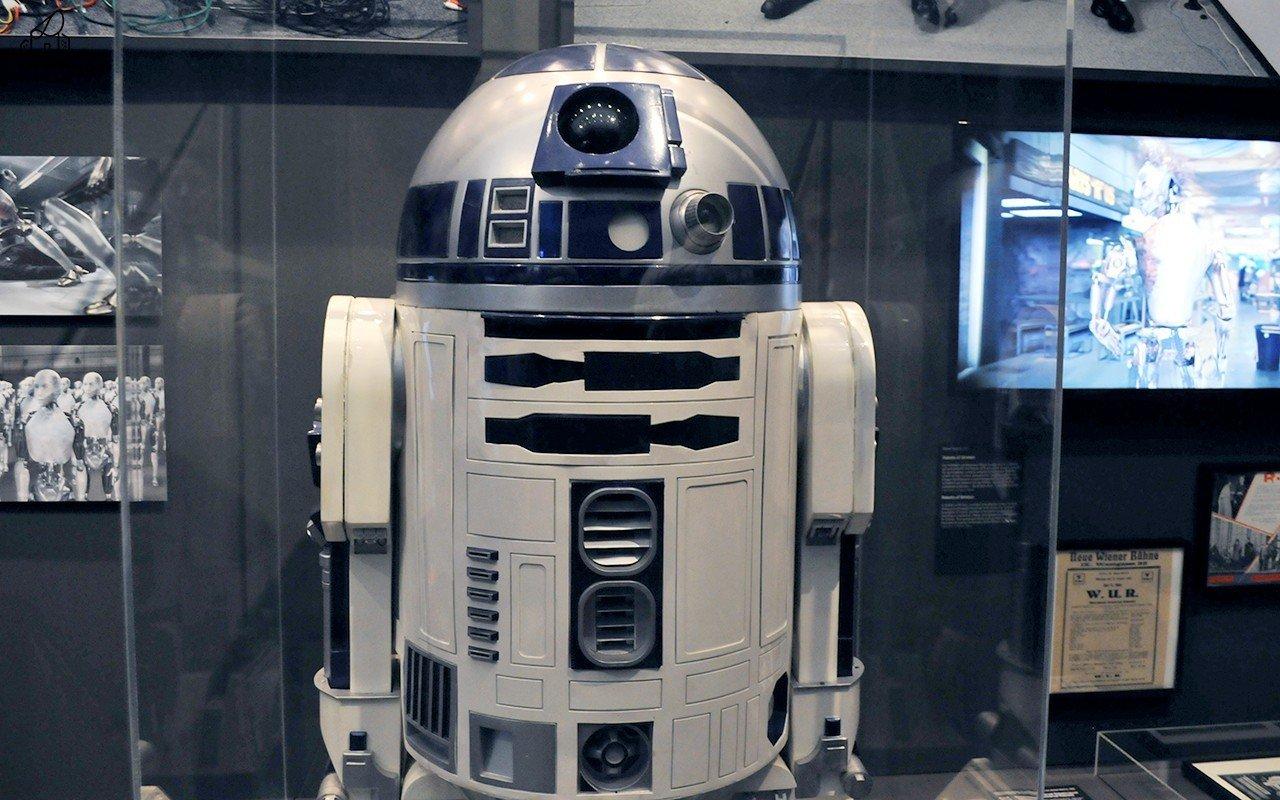 ArchiTech   I robot ci cambiano la vita?