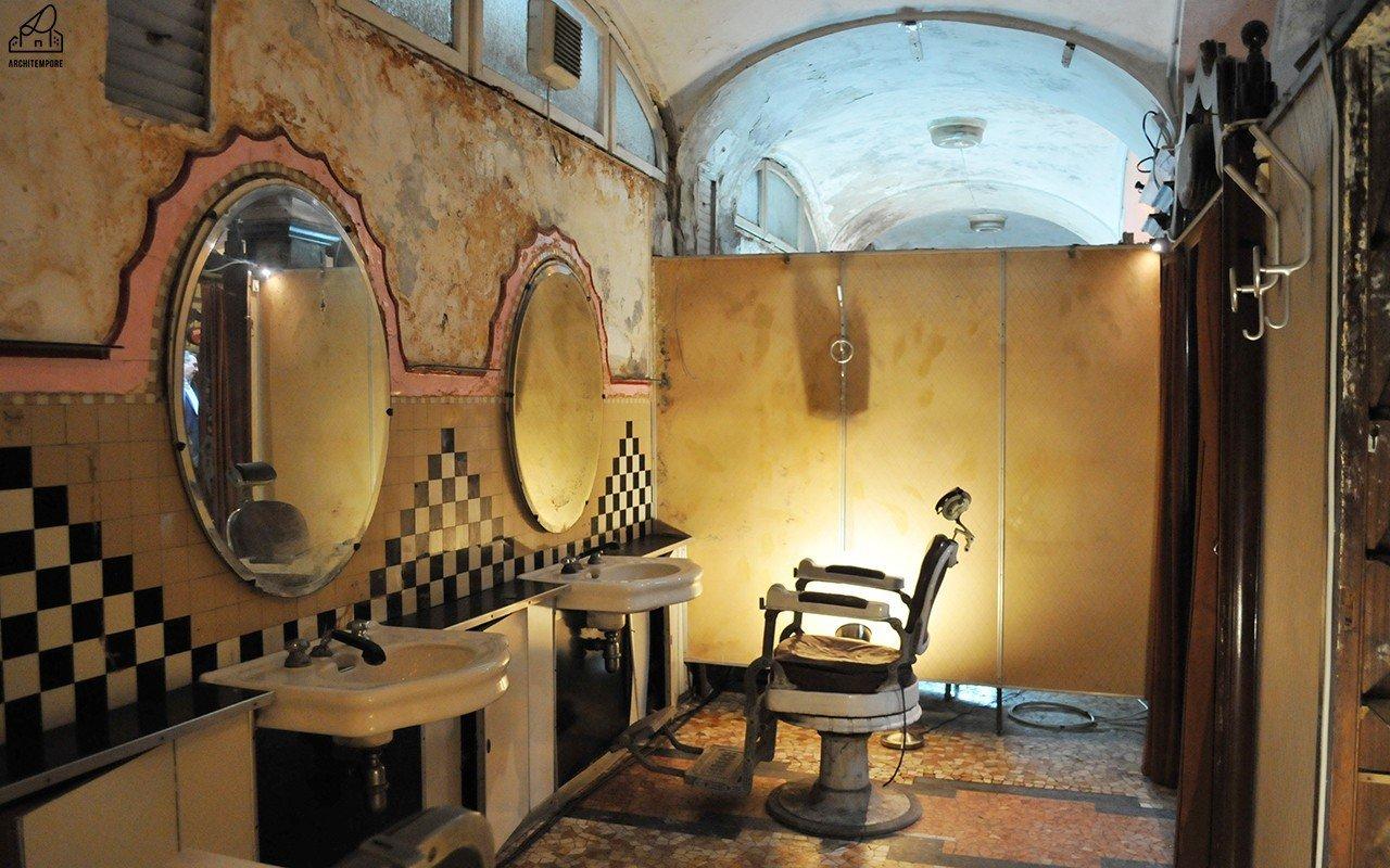 Albergo diurno venezia: i bagni pubblici nel sottosuolo di milano