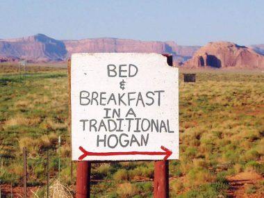 Dormire nella Monument Valley in un Hogan Navajo