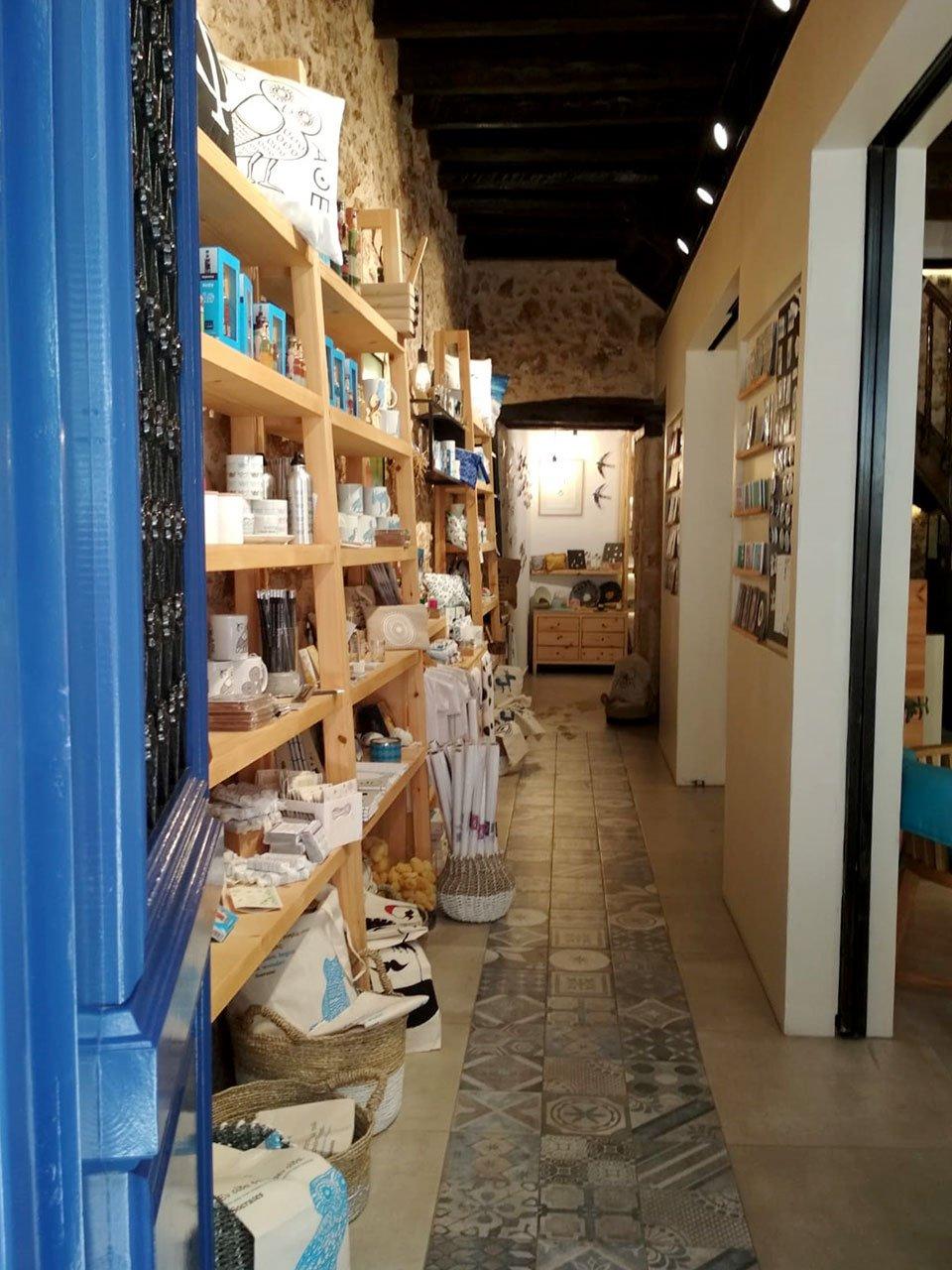Shopping a Creta: artigianato locale di design