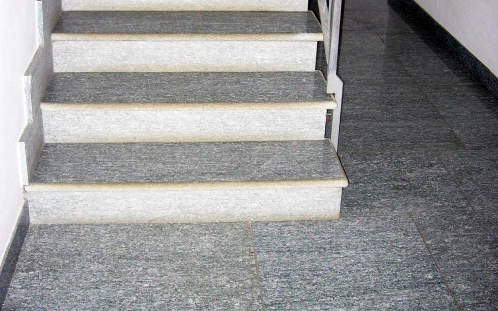 Pietra di Luserna: pavimentare l'esterno di casa