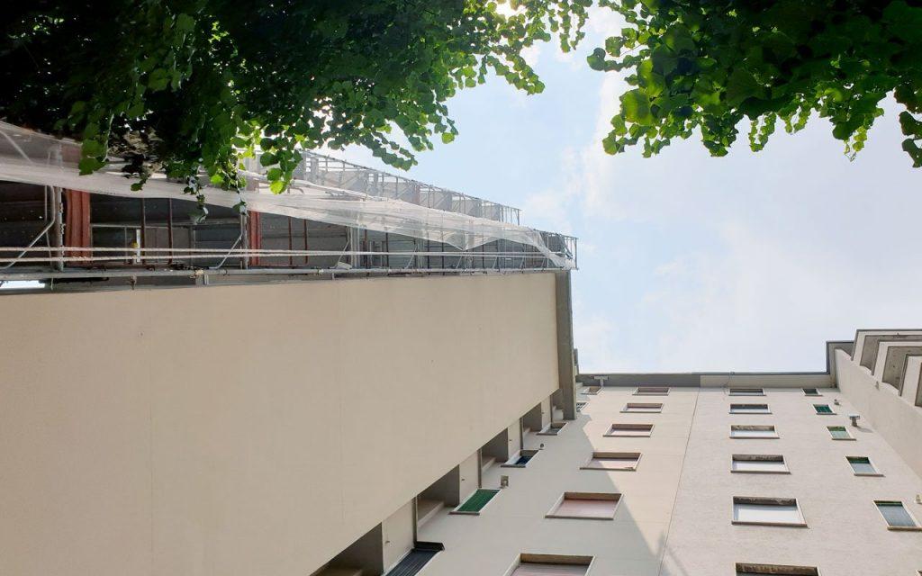 rifacimento cappotto esterno su facciata di un condominio a milano, con ponteggio Tutti i bonus (e il 110%) per ristrutturare casa: le novità 2021