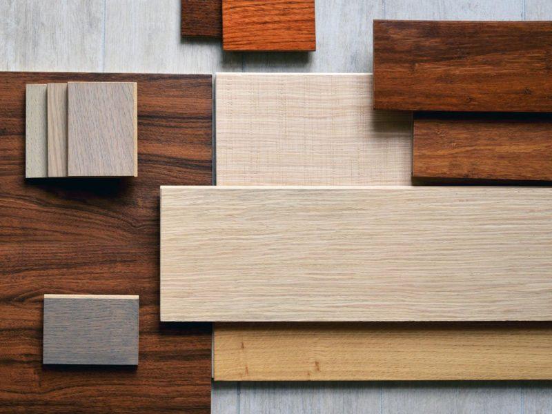 parquet e pavimento in legno di essenze e schemi di posa diversi
