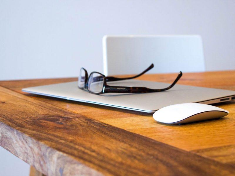 Smart working: soluzioni pratiche (ed eleganti) per allestire un ufficio smart in casa
