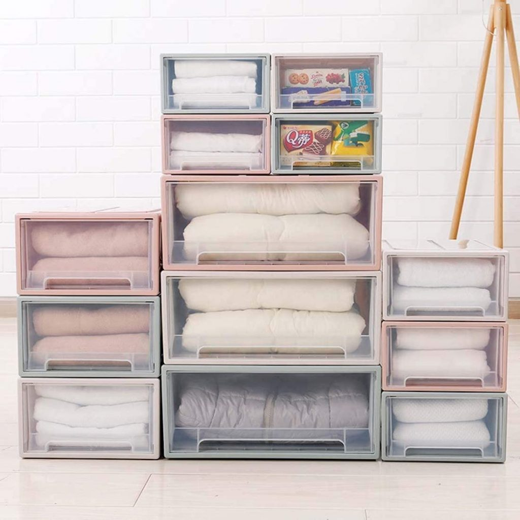 Come organizzare armadi e cassetti con scatole e contenitori e altre idee salvaspazio