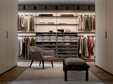 Cabine armadio dietro il letto, angolari o piccole: scegli la tua!