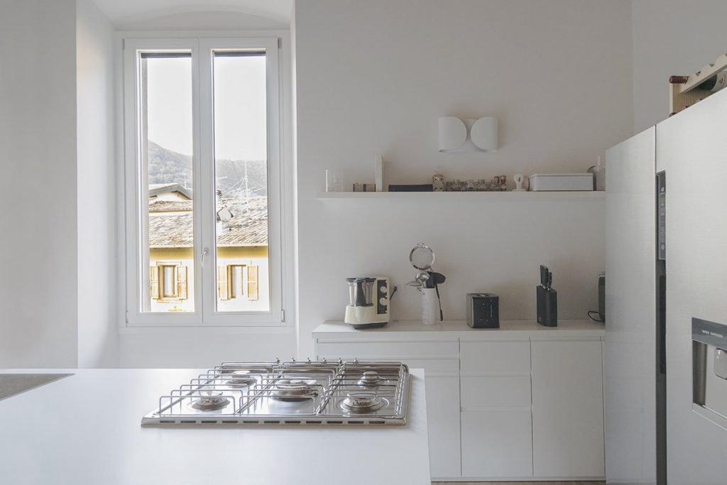 Ad ogni stile il suo materiale: le ante in cucina